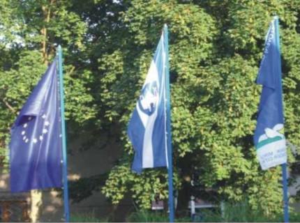 10. Občinske zastave