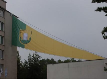 12. Največja zastava v zgodovini našega podjetja (dolžina 28 m, višina 8 m)