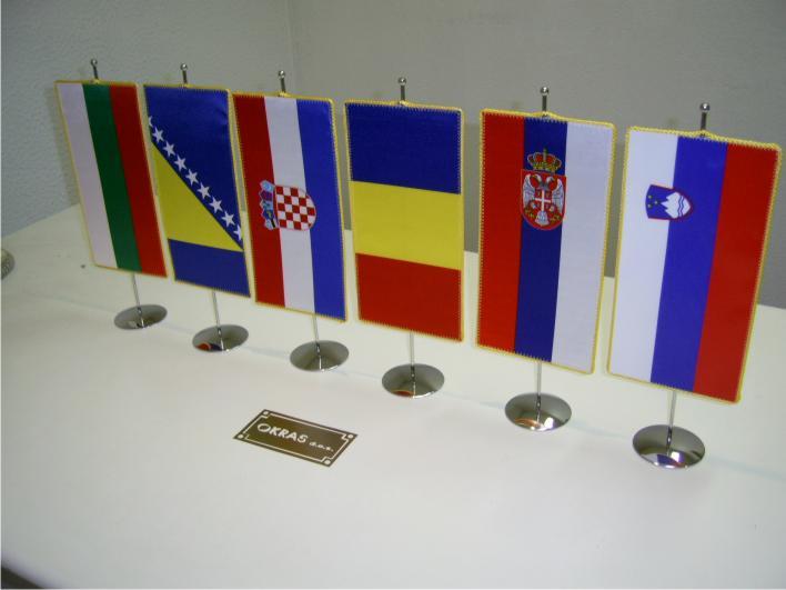 2. Državne namizne zastavice