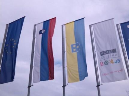 4. Reklamne zastave